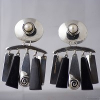 Sterling silver earrings 540