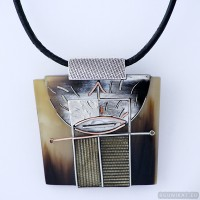 Sterling silver necklace 200