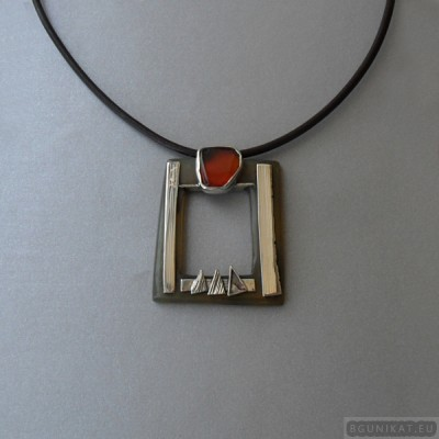 Sterling silver necklace with horn and carnelian 769