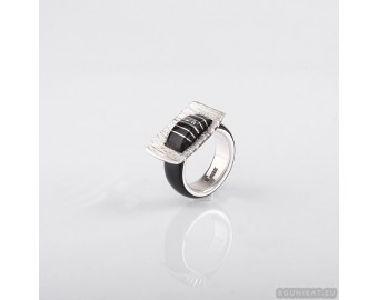 Wedding ring with sterling silver,  mother-of-pearl and horn. Wedding Rings. Unisex Ring. Unusual engagement ring 806.