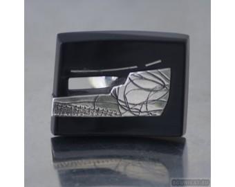 Sterling silver ring 529
